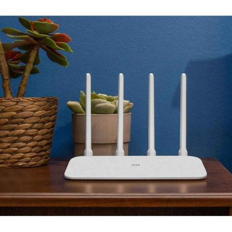 Правосмукалка за пепел 900W 18L - BLACK+DECKER